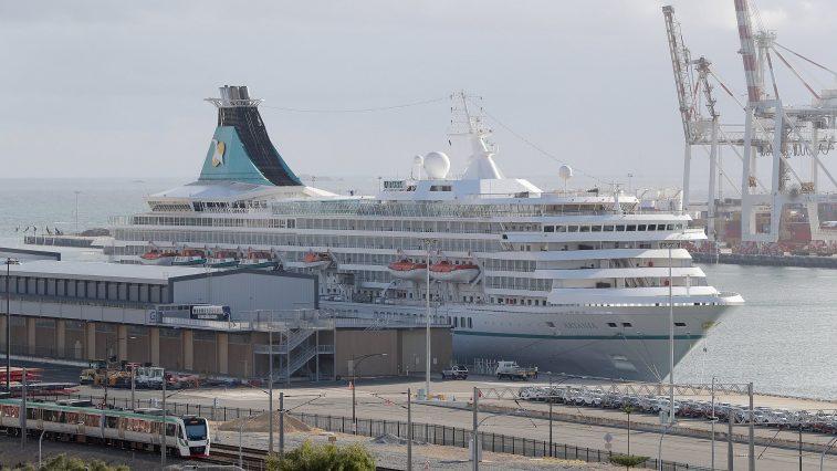 cruise ship usa corona