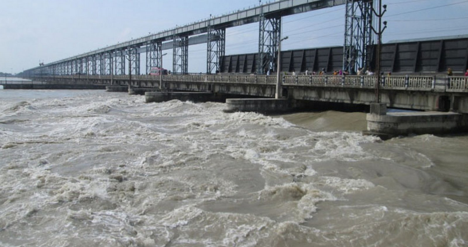 saptakoshi barrage flood