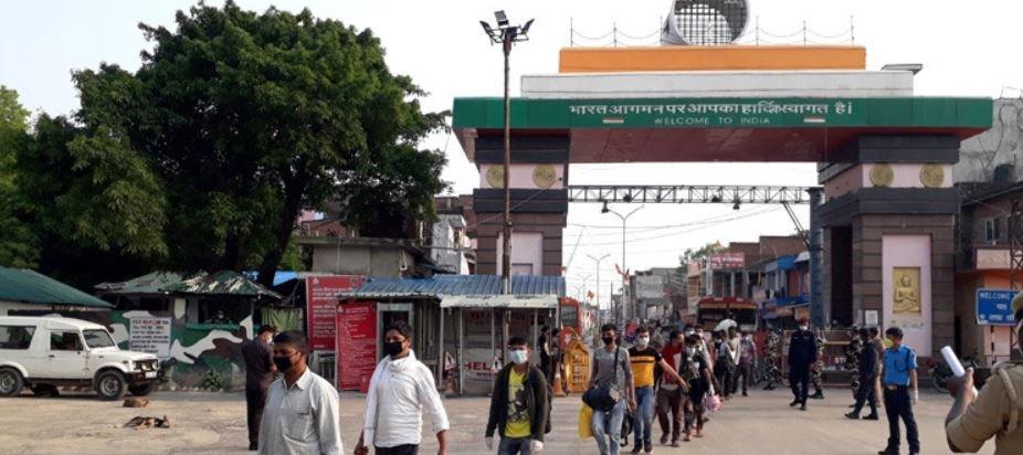 भारतमा कोरोना बढेसङ्गै घर फर्किंदै कर्णालीबासी