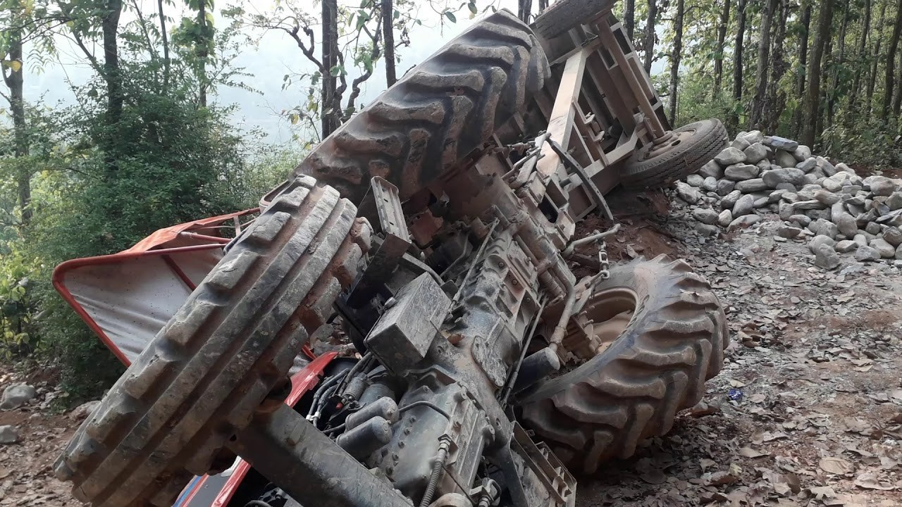 tractor accdent