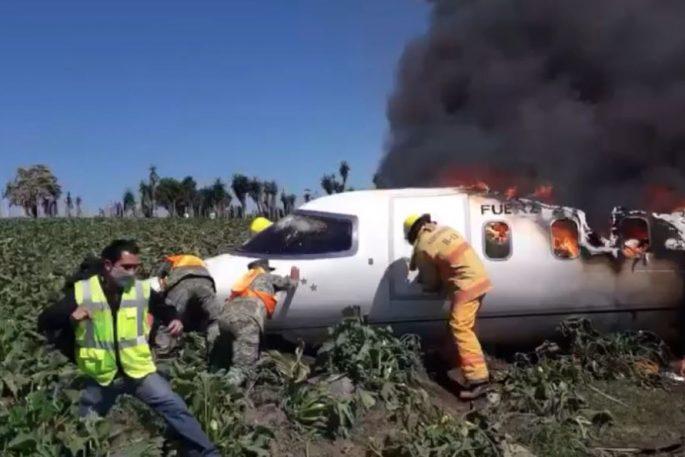 Mexican Arrmy Plane