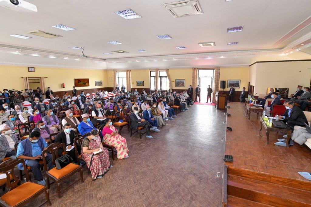 नेकपा एमालेको दशौं राष्ट्रिय महाधिवेशन आयोजक कमिटीको बैठक Photo Rajan Kafle 3 1024x682 1