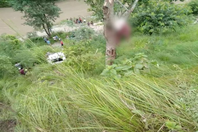 jeep accident gulmi 69