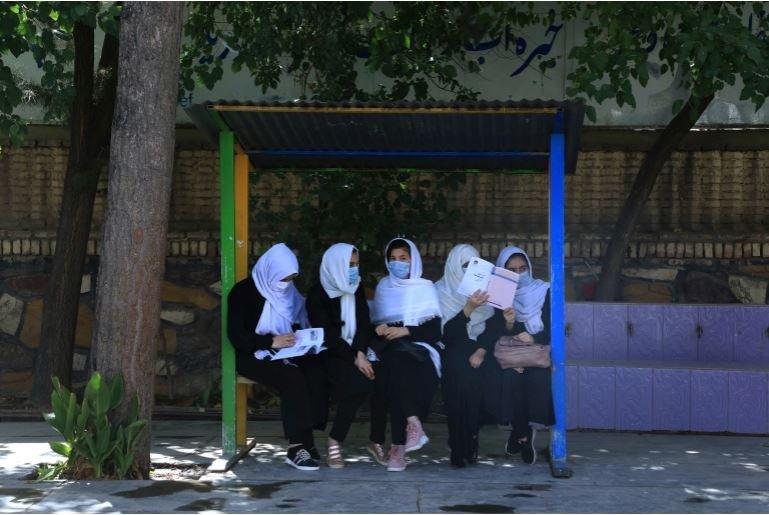 Afghan Girl Return To School