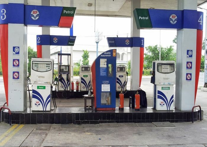 pollution testing centers on petrol pump